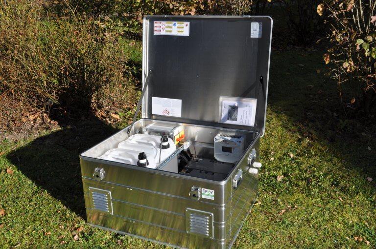 EFOYProCube Solarladeregler Wiese Offen